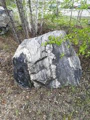 Предлагаем к реализации природные камни различных размеров,  форм и фак